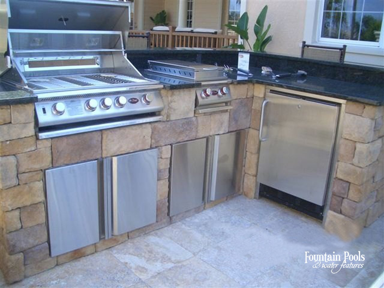 Outdoor Living In Southwest Florida Outdoor Kitchen Designs Ideas Fountain Pools Water Features