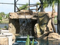 Custom Feature #035 by Fountain Pools and Water Features