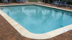 Residential Pool #006 by Fountain Pools and Water Features